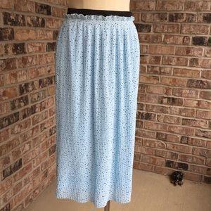 NWT Torrid Blue Star Chiffon Pleated Maxi Skirt 1X